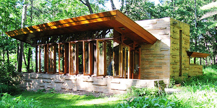 Seth Peterson Cottage designed by Frank Lloyd Wright